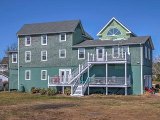 Event-Friendly Outer Banks House w/ Private Dock!