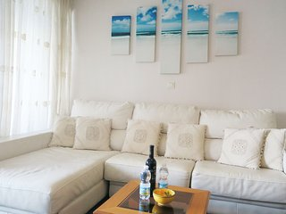 Velilla Beach fantastic sea view, first beach line in Almuñécar, 2 bedroom 4 per