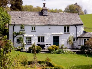 LLH02 Cottage in Near and Far, Far Sawrey