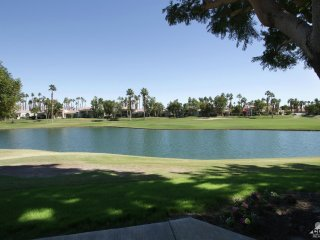 Ultimate PGA West, on the Course with water views!
