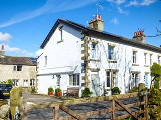 WHARFEDALE COTTAGE, three-storey cottage near Linton Falls, woodburner, AGA, Linton-in-Craven