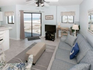 Gulf-front | Out/Indoor pools, Hot tub,Tennis, Wifi, BBQ | Free golf, fishing, d