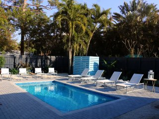 Island City Oasis, Unit 1, Hummingbird Suite, Wilton Manors