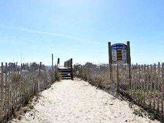 Sunskipper D10 Walkway to the beach