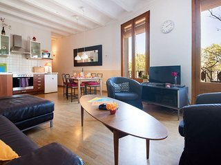 Beach Stay I apartment in Poblenou with WiFi, airconditioning, balkon & lift.