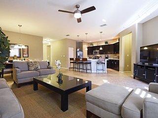 4 Bedroom 2.5 Bathroom Pool Home Near Disney. 4704RRL