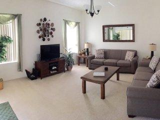 Luxury 4 Bedroom Pool Home in Kissimmee. 5395DRD