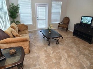 Beautiful 3 Bedroom 3 Bath Condo close to Disney. 914CP-131