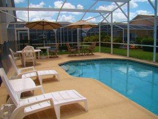 Beautiful 5 Bed 4 Bath Pool Home in Hampton Lakes. 159EA, Kissimmee