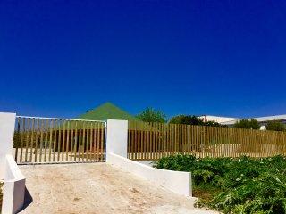 Villa de madera frente al mar