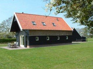 Monumentaal streekeigen vakantiehuis op landgoed. Paarden en honden welkom., Ruinen