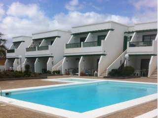 Apt w/ pool access, neart the beach, Puerto Del Carmen