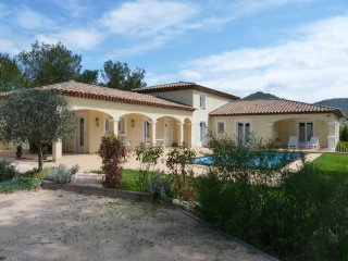 Beautiful 215M2  Villa on 3000m2  land  entirely enclosed with pool