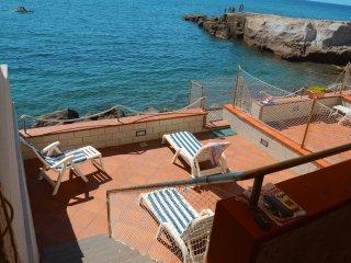 Appartamento con discesa a mare privata.