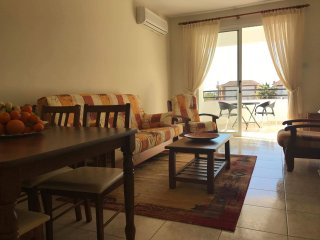 Prime location 2 bedroom apartment in Kato Paphos