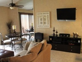 Great Location...Close to Pool and 5th Fairway!, Palm Desert