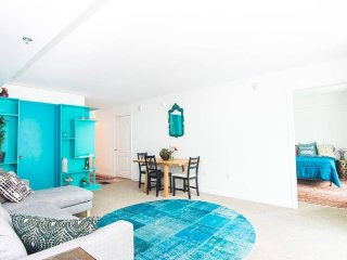 Stylish Bayfront converted 4 Bedroom in Brickell.., Miami
