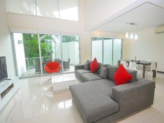 Oasis 101 - Stunning 2 bedroom in the heart of Playa del Carmen