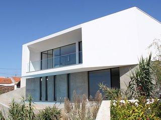 Nieuwe luxevilla met privé zwembad en adembenemend zicht op zee (8 personen)