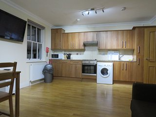 Lovely 1 bedroom flat in the heart of Bayswater / Queensway / Hyde Park