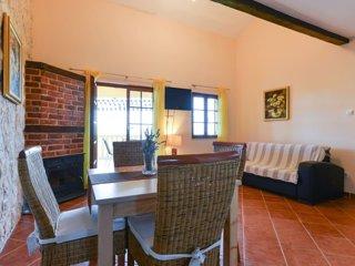 Villa Steffany - Apartment 1A, Kolan
