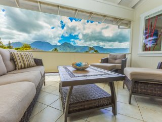 Large 5 Bedroom Breathtaking Mountain View Home in Princeville