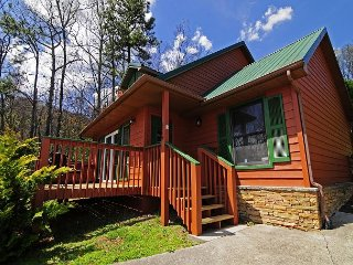 1 Bedroom, 1.5 Bath, Mountain View, Hot Tub, Sauna, WIFI, Sleeps 2