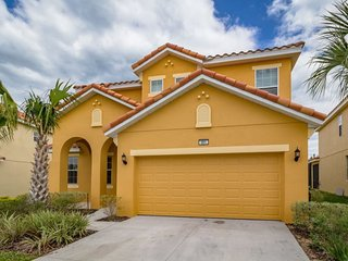 Brand new, 6 bedroom pool home in Aviana Resort Orlando minutes away from