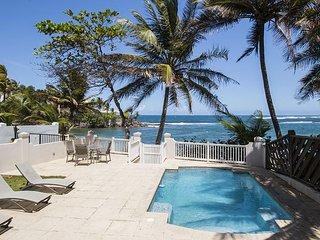 4 Bedrooms, 4.5 Bathrooms, Beachfront Property