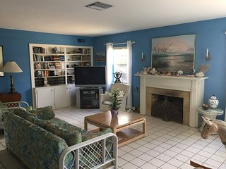 Exclusive Quiet Beach Cottage - Monthly rental