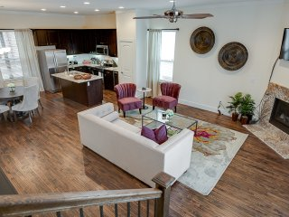 Brand New 3bd House In The Core Of Oak Lawn, Dallas