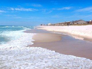 Sunnyside Beach & Tennis Resort for 7!  Uncrowded Beaches