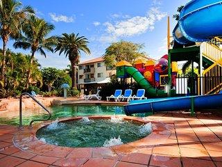 LA PETITE PARADISE 2 Bedroom Superior Apartment in a unique resort, Gold Coast