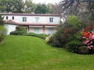 Chambres d'hotes a 20km du Puy Du Fou au coeur du bocage Vendéen.