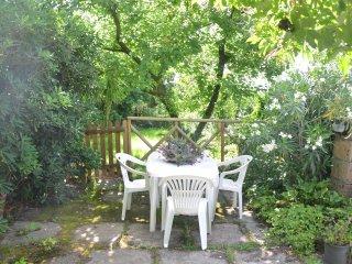 Appartamento 'A' in Villa con giardino. gratis Parcheggio e  Wi-Fi