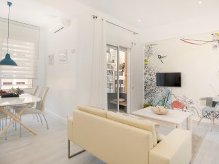 Barcelona Center apartment with private terrace!