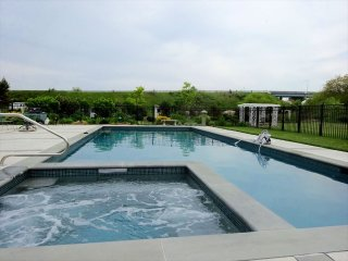 Large Home with Pool 134195