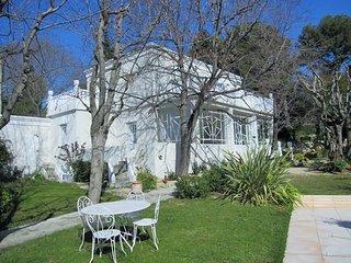 Maison Mont Saint Clair , 8 personnes ,jardin ,piscine , 700m de la plage