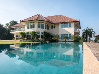 Luxury villa with private pool & chef, Chiang Mai