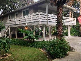 Peace of Paradise, Amazing Vilano Beach Home, Flat Screens, Sleeps 7, Saint Augustine