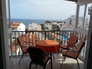 Apartment next to Playa Burriana, Nerja