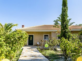 Kefalonia Kounopetra Beach Luxury Villa Odysseus, 20 from sea ideal for families
