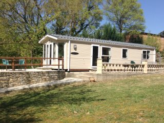Beautiful mobile home set in the heart of a chasse reserve,with pool