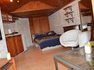 Czarina Cabin Caesarea
