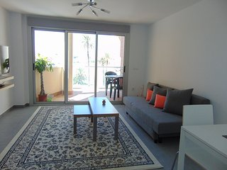 Outstanding apartment with sea views 2 minutes from beach