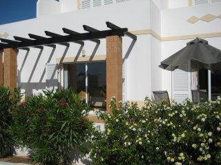 Spacious apartment 10 minutes from the beach