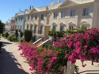 5 Bedroom luxury town house
