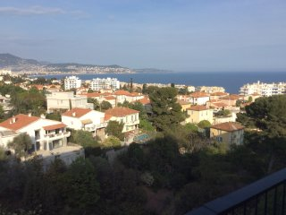 Confortable holiday apartment with magnificent sea view