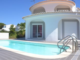 Villa by the Beach by GalanteVasques, Carvoeiro