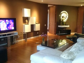 Exclusive 2 bedroom luxurious apartment with A/C located next to El Tesoro mall, Medellin